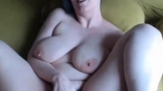 Super Busty BBW Plays with her Boobs